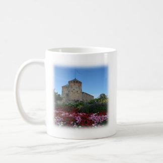 Mug Attaquez avec une forteresse et un vers de bible