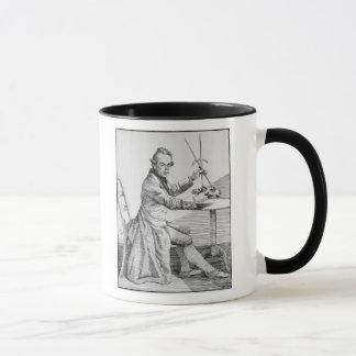 Mug Autoportrait tenant des calibres au-dessus d'un