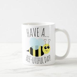 Mug Ayez un jour d'Utiful d'abeille