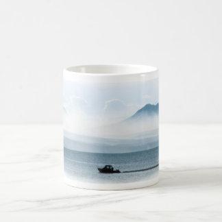 Mug Bateau sur le lac Yellowstone
