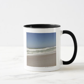 Mug Belle vue de plage contre le ciel clair 3
