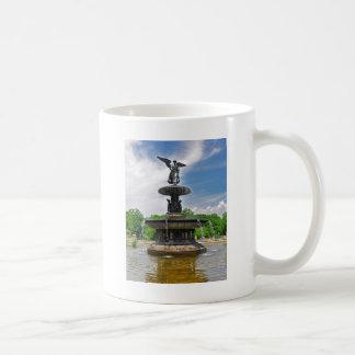 """Mug Bethesda """"ange Central Park d'eaux"""", NYC"""