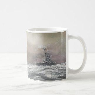 Mug Bismarck signale Prinz Eugen 0959hrs le 24 mai