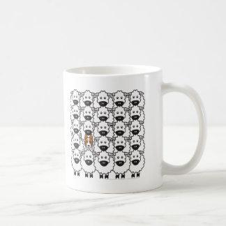 Mug Border collie chez les moutons