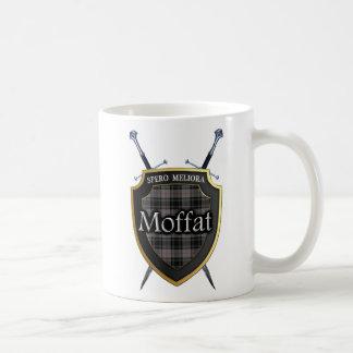 Mug Bouclier et épées de tartan de Moffat de clan