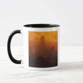 Mug Brouillard enfumé dans la ville