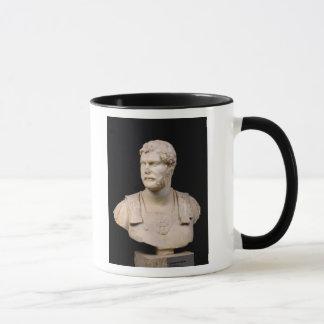 Mug Buste d'empereur Hadrian trouvé en Crète