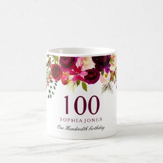 Mug Cadeau d'anniversaire floral rouge de Bourgogne