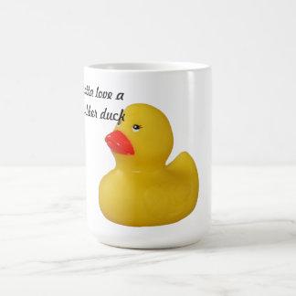 Mug Café mignon de jaune d'amusement de canard en
