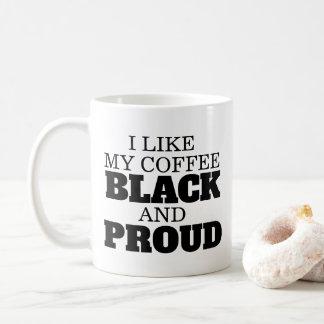 Mug Café noir et fier avec le poing