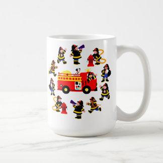 Mug Camion de pompiers avec les sapeurs-pompiers