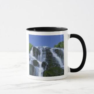 Mug Cascade, Portree, île de Skye, montagnes,