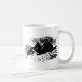 Mug Chaton noir avec l'illustration de fil