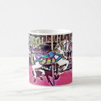 Mug Cheval coloré de carrousel aux cadeaux de photo de