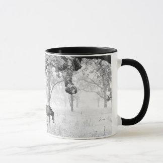 Mug Cheval dans le domaine brumeux des chênes