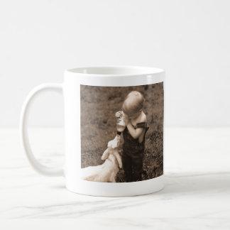 Mug Chèvre d'alimentation des enfants