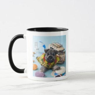 Mug Chiot de Schnauzer miniature et vacances d'été