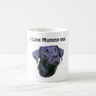Mug Chiot noir de labrador retriever - maman d'amour