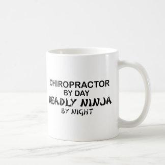 Mug Chiroprakteur Ninja mortel par nuit