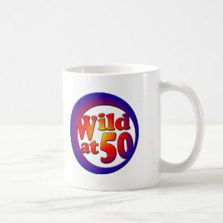 Mug cinquantième Cadeaux, sauvages à 50 !