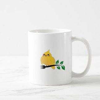 Mug Cockatiel mignon tenant une fourchette