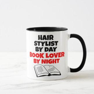 Mug Coiffeur d'amoureux des livres