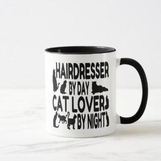 Mug Coiffeur par l'amoureux des chats de jour par nuit