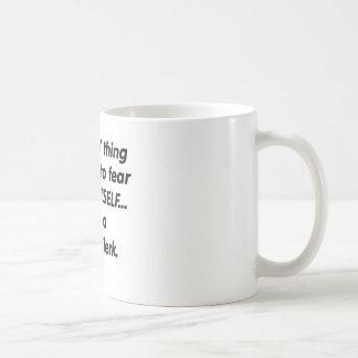 Mug commis de cour de crainte