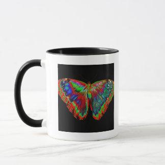 Mug Conception colorée de papillon contre le contexte