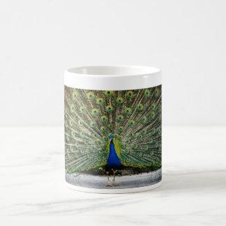 Mug conception de paon