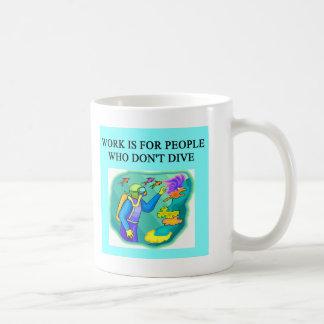 Mug conception de plongée à l'air