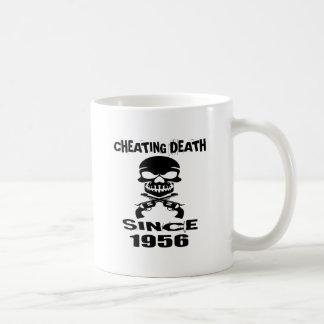 Mug Conceptions de fraude d'anniversaire de la mort