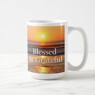 Mug Coucher du soleil béni et reconnaissant dans la