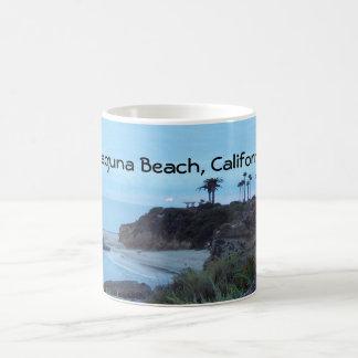 Mug Couchers du soleil assez côtiers de plage de la