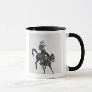 Mug Cowboy Ned Bronco de monte effarouché