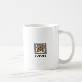 Mug coyote dans une boîte