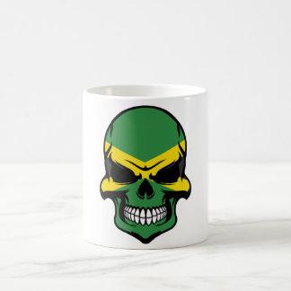 Mug Crâne jamaïcain de drapeau