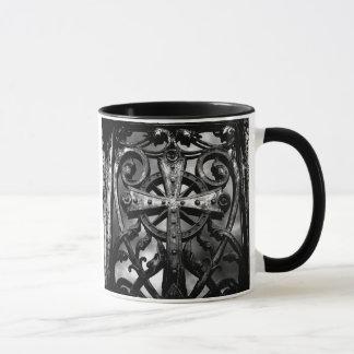 Mug Croix celtique gothique de fer travaillé de
