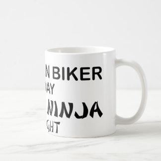 Mug Cycliste de montagne Ninja mortel par nuit