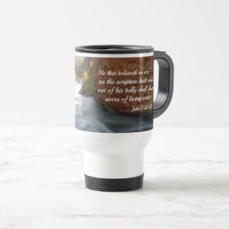 Mug De Voyage 7h38 de John il ce believeth sur moi