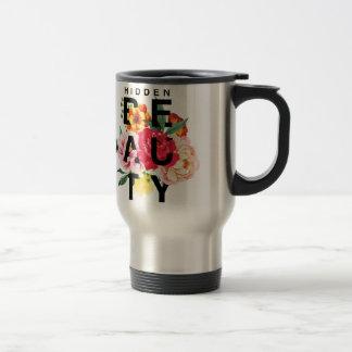 Mug De Voyage Beauté cachée par typographie florale colorée