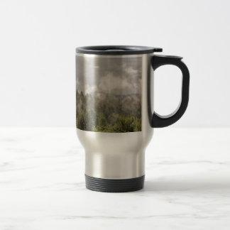 Mug De Voyage Brouillard vert de montagnes