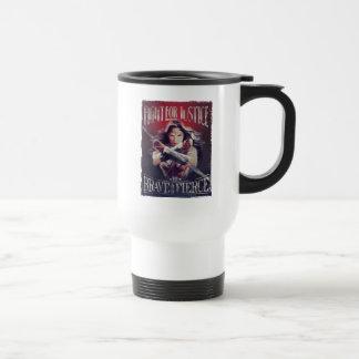 Mug De Voyage Combat de femme de merveille pour la justice