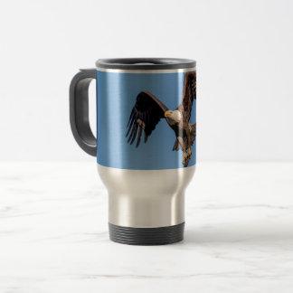 Mug De Voyage Eagle chauve avec un poisson