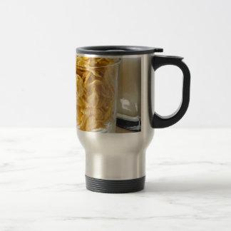 Mug De Voyage Verre de céréale sèche et un verre de lait