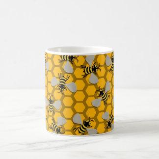 Mug décoration d'abeilles