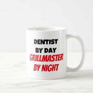 Mug Dentiste par jour Grillmaster par nuit