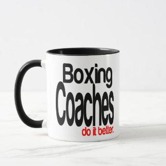Mug Des entraîneurs de boxe il améliorent
