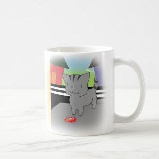 Mug Deux chats donnant un cadeau mort de souris