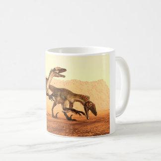 Mug Dinosaures de Raptor dans le désert